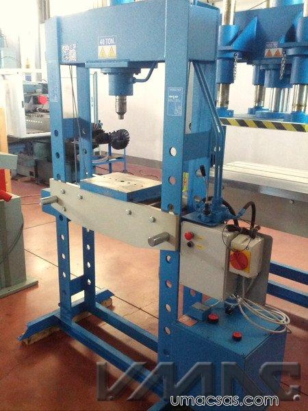 Macchine utensili da noi recentemente ritirate e revisionate for Pressa idraulica 100 ton usata