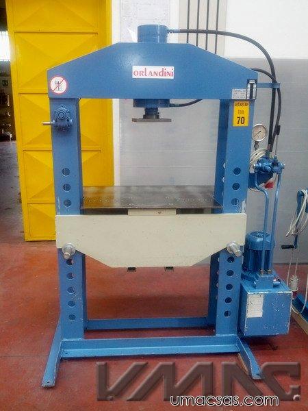 Pressa idraulica orlandini 70 ton forza 70 ton macchina for Presse idrauliche usate per officina